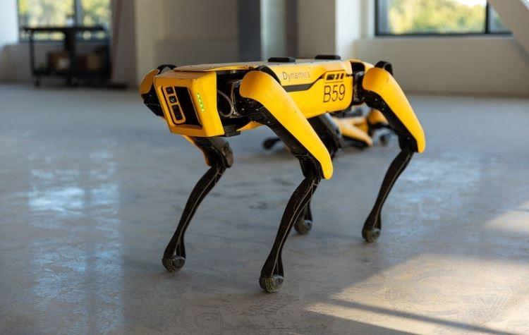 Робот Спот