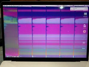 полосы, розовый цвет на изображении Макбук